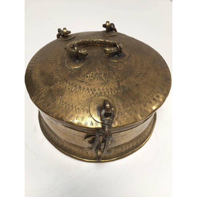 Gold Anglo Indian Decorative Brass Lidded Tea Caddy For Sale - Image 8 of 8