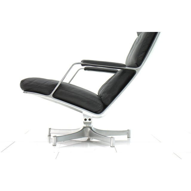 Lounge chair by Fabricius & Kastholm for Kill International FK 85. Very good condition. Worldwide shipping.