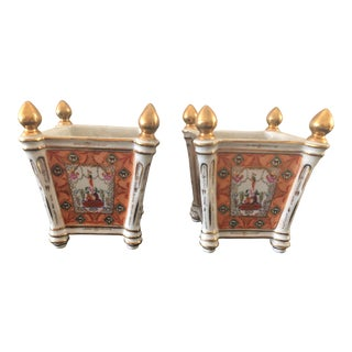 1980s Chelsea House Porcelain Cachepots With Gold Finials - a Pair For Sale