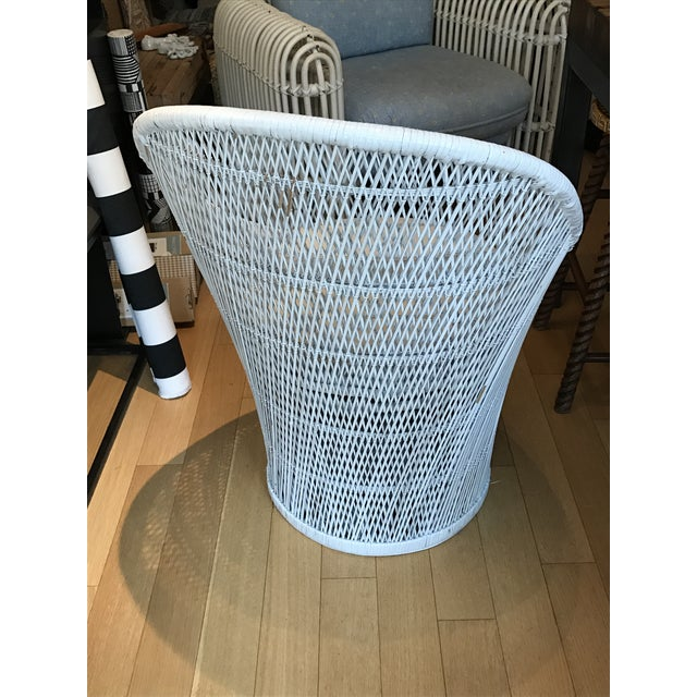 Vintage White Wicker Chair - Image 4 of 5