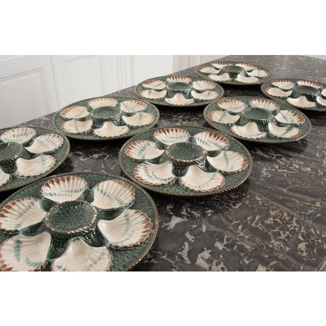 Set of Eight French Barbotine Longchamp Terre De Fer Oyster Plates For Sale - Image 5 of 10