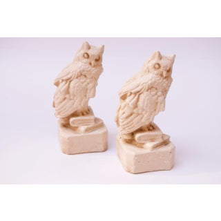 Circa 1930s American Chalkware 'Wise Owl' Figurines / Bookends Preview