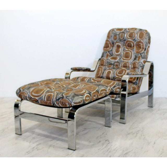 Distinguished Mid Century Modern Baughman Chrome Steel Reclining
