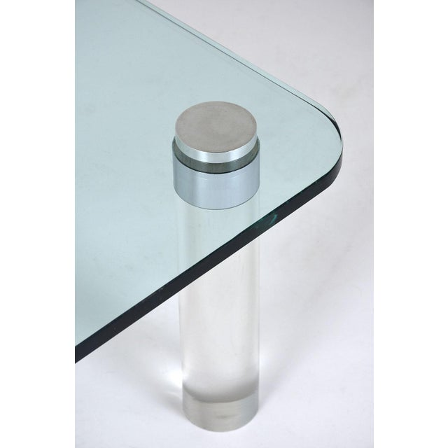 Mid-Century Modern-style Lucite Coffee Table For Sale - Image 5 of 7