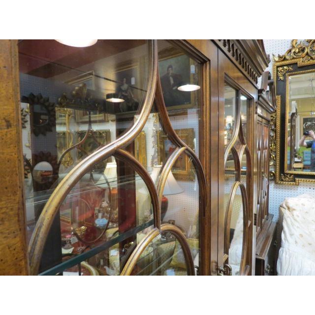 Henredon Henredon Antique Mahogany 2 Door China Cabinet For Sale - Image 4 of 9
