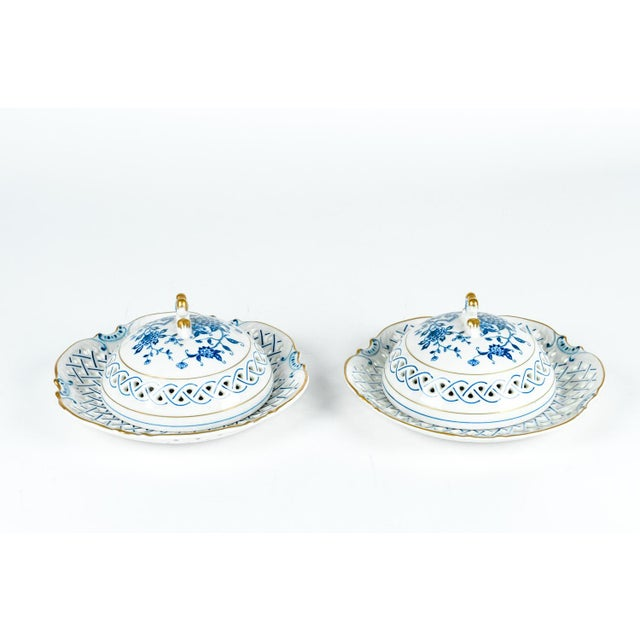 4 Piece Set of Porcelain Tableware For Sale - Image 4 of 13