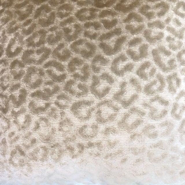 """2010s Kravet """"Divina"""" Velvet in Natural 22"""" Pillows-A Pair For Sale - Image 5 of 7"""