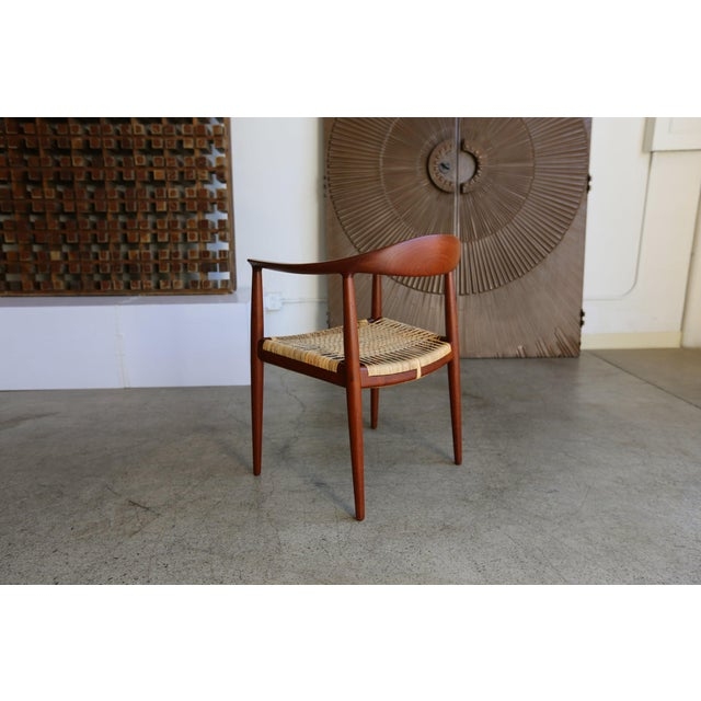Mid-Century Modern Johannes Hansen for Hans Wegner Round Teak Side Chair For Sale In Los Angeles - Image 6 of 12