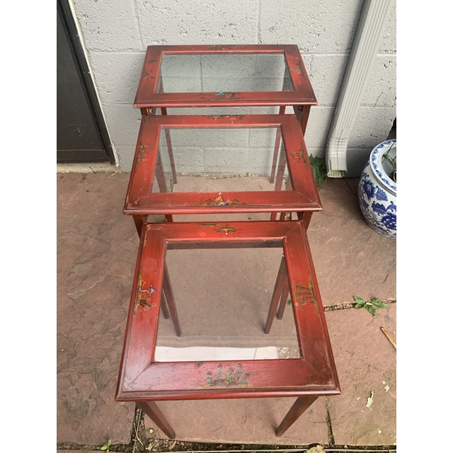1950s Japanese Red Lacquer and Glass Nesting Tables - Set of 3 For Sale - Image 5 of 13