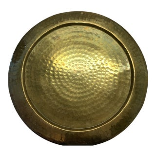 Mid 20th Century Vintage Hammered Round Brass Tray/Charger For Sale