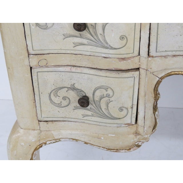 Chippendale Style Distressed Vanity - Image 5 of 5