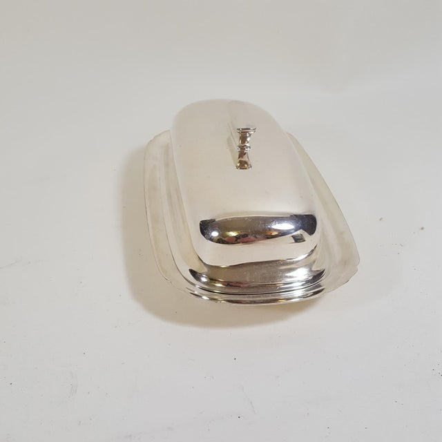 Mid-Century Modern 1940s Mid-Century Modern Reed and Barton Silver Plate Butter Dish For Sale - Image 3 of 10