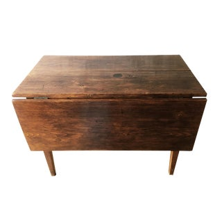 Antique Hepplewhite Farmhouse Drop Leaf Table, Circa 1790-1820 For Sale