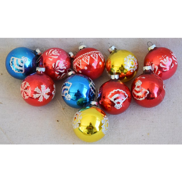 Vintage Colorful Christmas Ornaments withBox - Set of 10 For Sale - Image 4 of 9