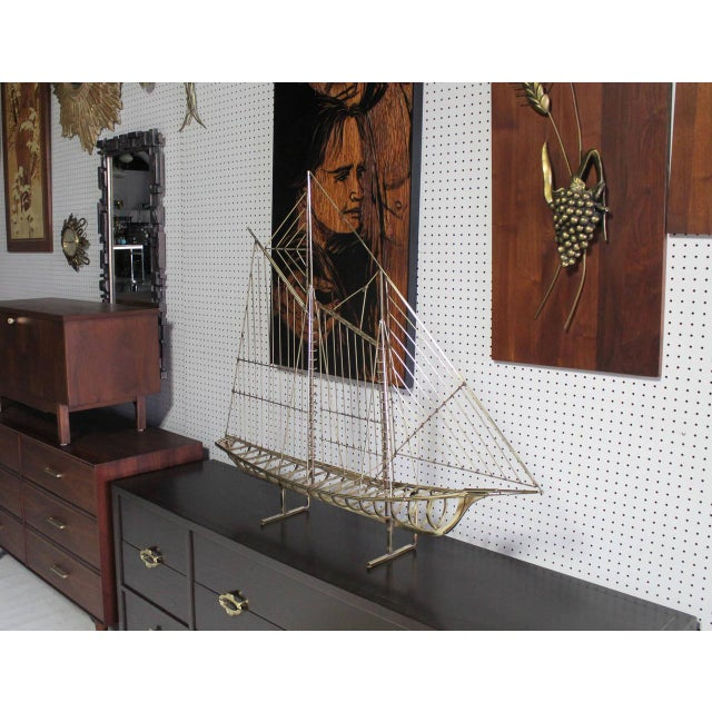 Mid-Century Modern Long Brass 1976 Curtis Jere Sail Boat Sculpture For Sale - Image 3 of 10