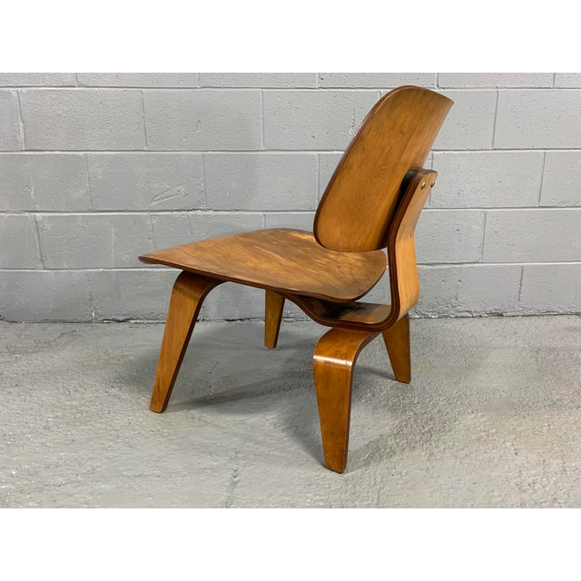 Herman Miller Mid-Century Charles Eames Lcw Herman Miller Lounge Chair For Sale - Image 4 of 11