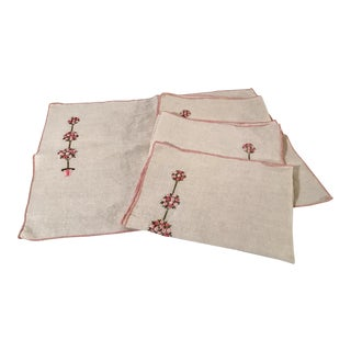 Vintage Floral Embroidered Linen Placemats - Set of 4 For Sale