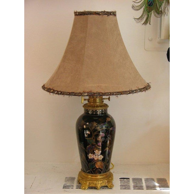 19th Century French Hand-Painted Porcelain Lamp on Ormolu Base For Sale In New York - Image 6 of 8