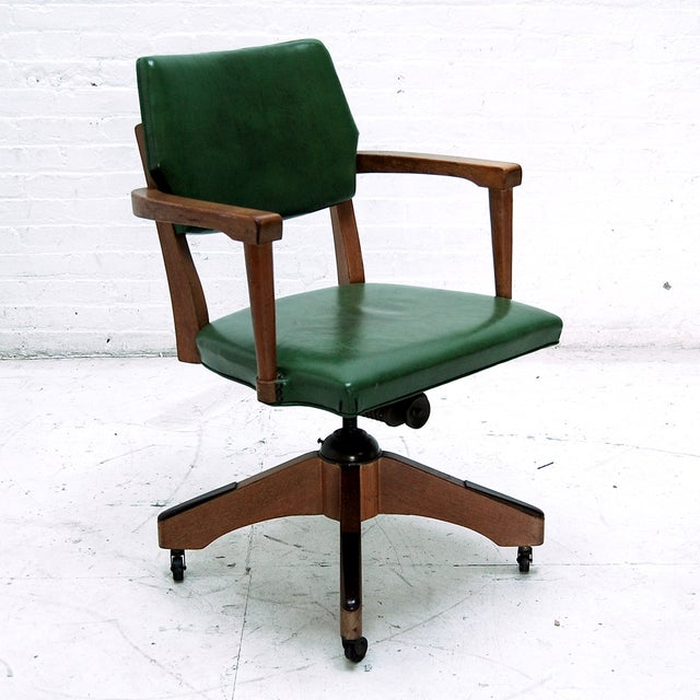 Traditional Mid Century Swivel Desk Chair in Green For Sale - Image 3 of 6