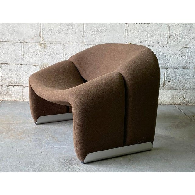 "Contemporary Mid Century Modern ""Groovy"" Armchair by Pierre Paulin for Artifort, Holland For Sale - Image 3 of 11"