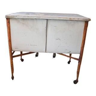 Vintage Farmhouse Double Sink / Wash Tub For Sale