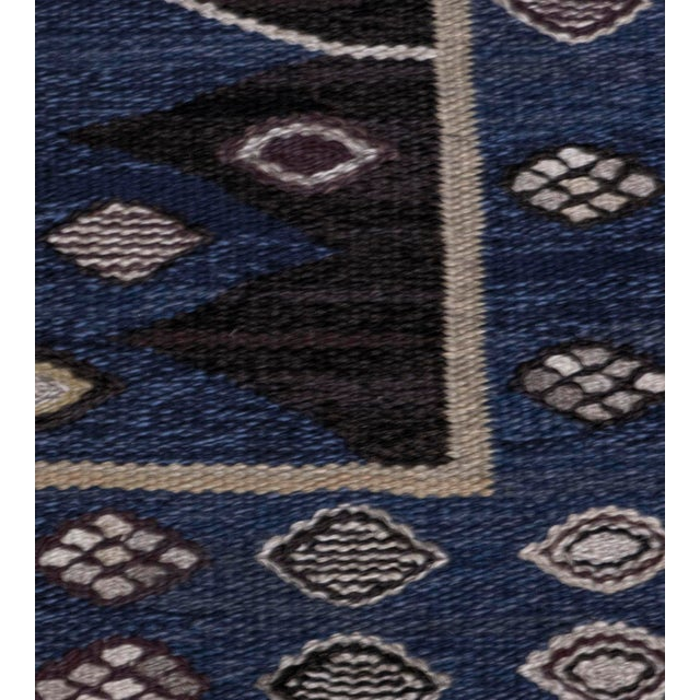 MANSOUR Mid 20th Century Signed Mid-Century Wool Handwoven Swedish Rug For Sale - Image 4 of 8