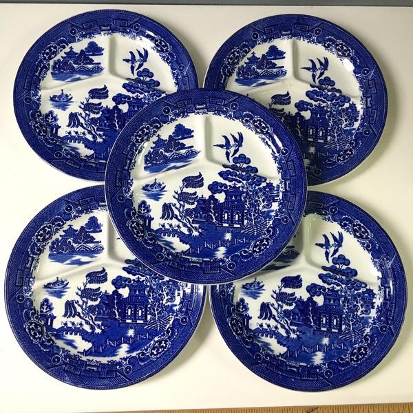 August Hashagen New York Blue Willow Grill Plates Made in England - Set of 6 For Sale - Image 9 of 9