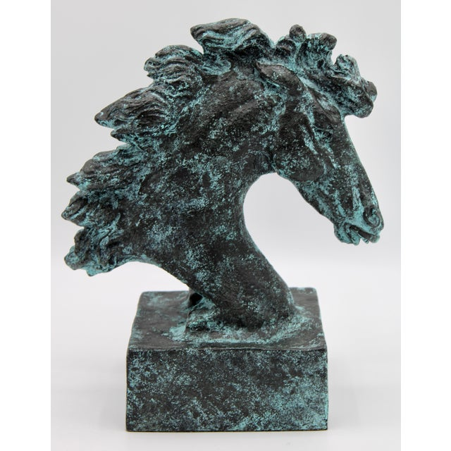 This is a stunning Wild Mustang, or Horse Head Statue. It would look superb in an office, on a bookshelf, or as an accent...