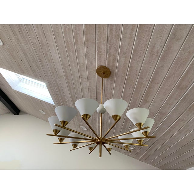 Create subtle uplighting with this attention grabbing chandelier. Equipped with twelve (12) white ceramic uplights, each...