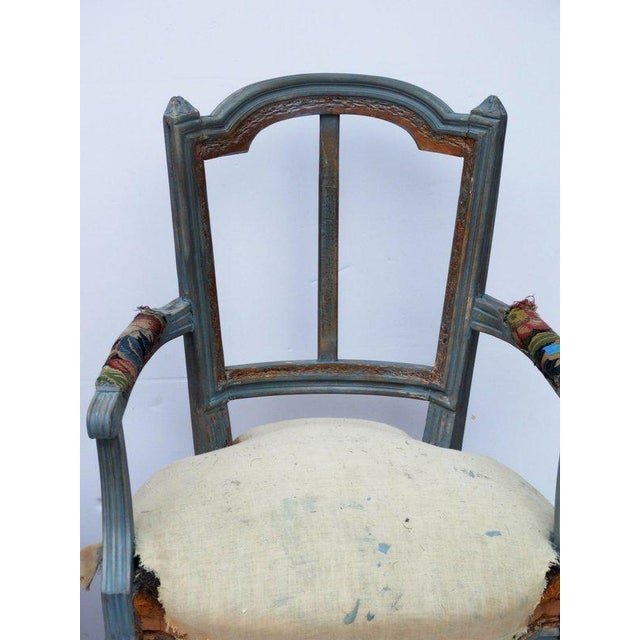 French Pair of French Louis XVI Style Fauteuil Armchairs, Early 20th C For Sale - Image 3 of 4