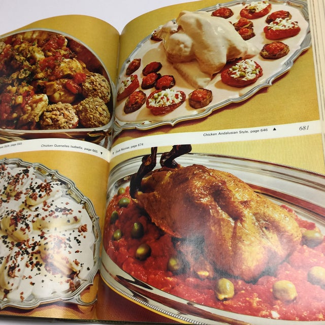 1966 Vintage Modern French Culinary Art Cook Book For Sale - Image 11 of 13