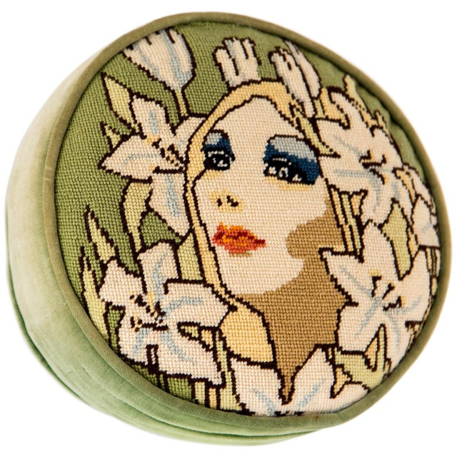 "Mid 20th Century 1960s Needlepoint ""Mod"" Face Pillow For Sale - Image 5 of 6"