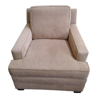 Hickory Chair Tan and Beige Tweed Lounge Chair With Exposed Wooden Legs For Sale