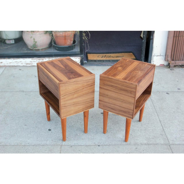 Mid-Century Modern Walnut Night Stands - a Pair For Sale In Los Angeles - Image 6 of 12