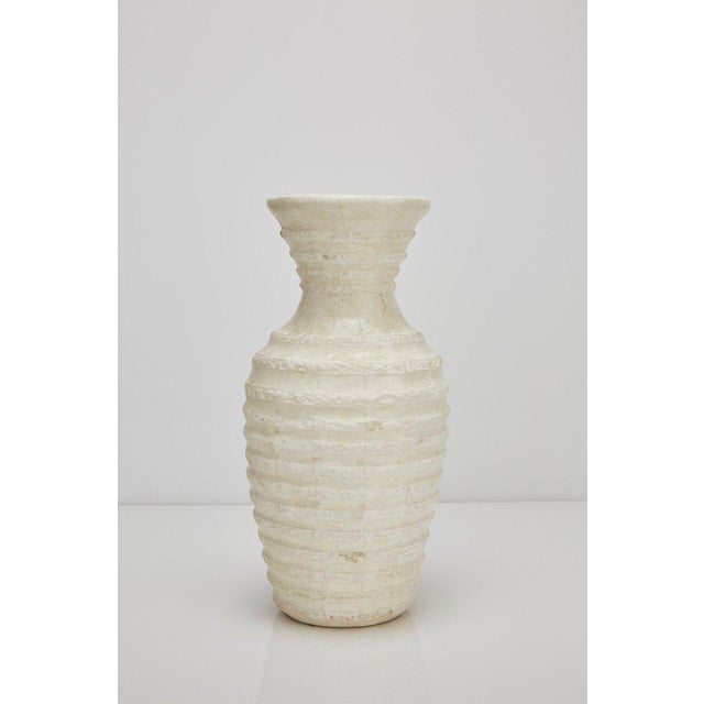 """Maitland - Smith 1990s Postmodern Tessellated Stone Inlaid """"Terraced"""" Vase For Sale - Image 4 of 13"""