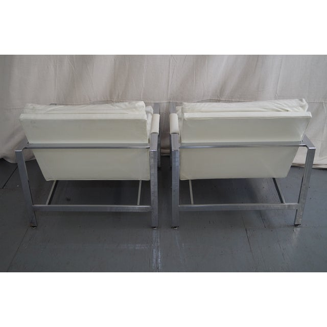 Milo Baughman Milo Baughman Chrome Flat Bar Lounge Chairs - Pair For Sale - Image 4 of 10