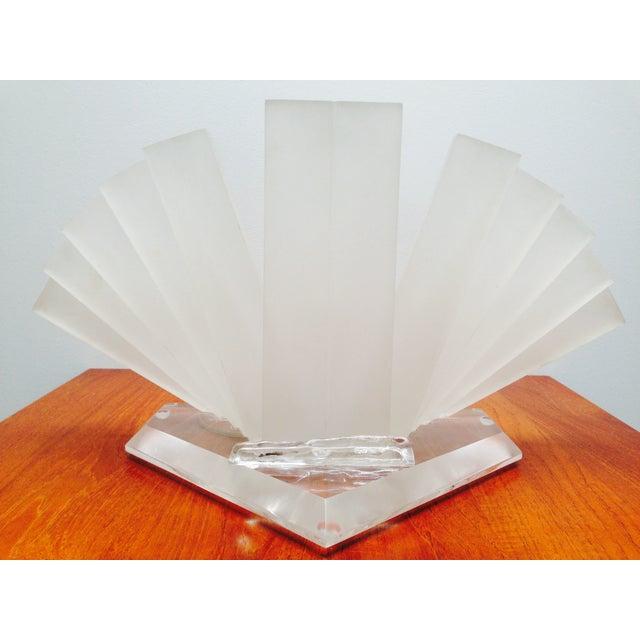 Art Deco Studio Sculptural Lucite Table Lamp For Sale - Image 3 of 7