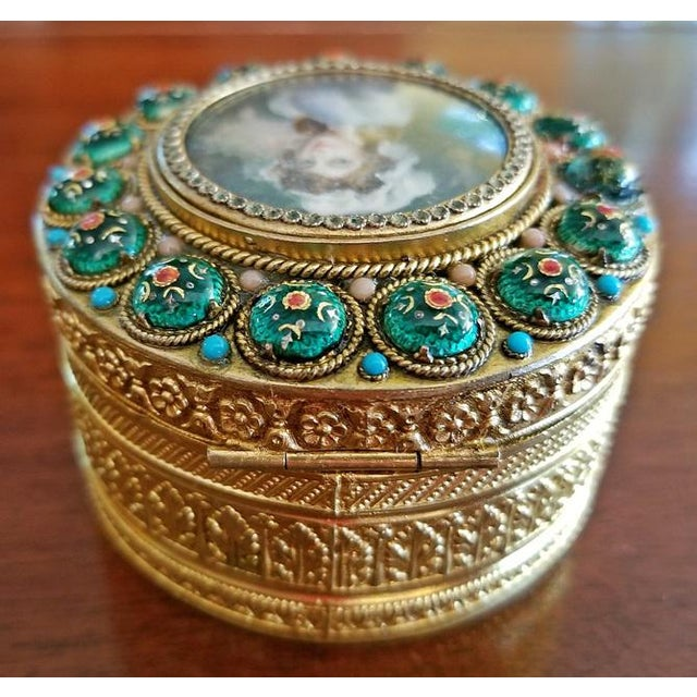 Early 19c French Gold Box With Enamel and Miniature Portrait For Sale In Dallas - Image 6 of 12