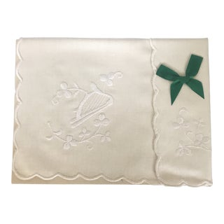 """Authentic Boxed Irish Embroidered 14"""" by 20"""" Linen Tray Cloth For Sale"""