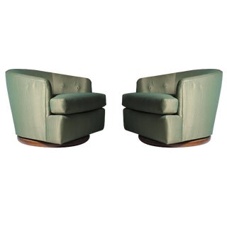 Milo Baughman Gliding / Swivel Barrel Back Club Chairs For Sale