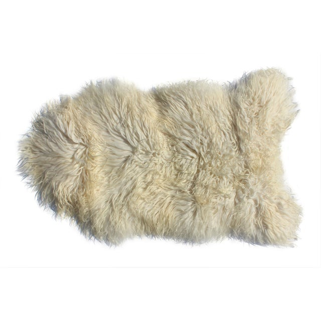 Contemporary Icelandic Sheepskin Shade of White Rug Throw For Sale - Image 9 of 9