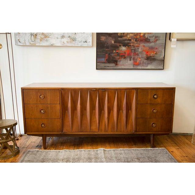 Mid-Century Modern American of Martinsville Walnut Diamond Front Dresser For Sale - Image 3 of 10