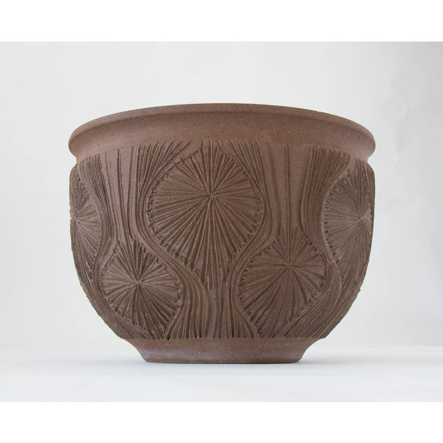 "Robert Maxwell Earthgender Bowl Planter in ""Teardrop Sunburst"" Pattern - Image 7 of 7"