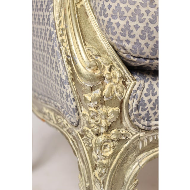 1980s Louis XV Style Silver Leaf and Painted Settee For Sale - Image 9 of 12