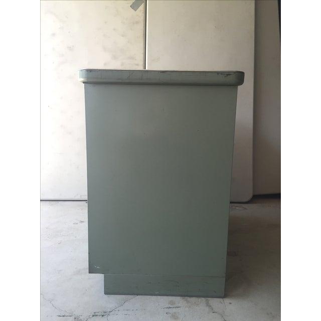 1950s Steel Case Cabinet - Image 4 of 5