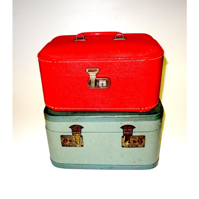 Offered for your consideration is this vibrant set of two mid 20th century personal travel cases done in 40s-50s mint...