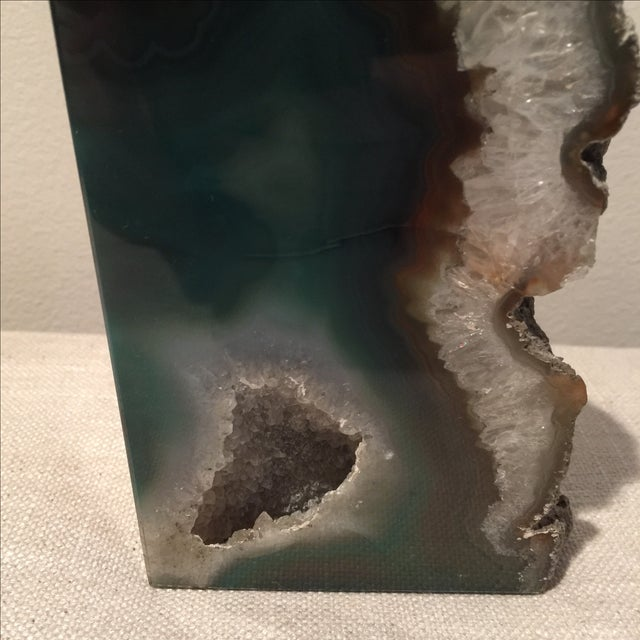 Emerald Green Agate Bookend - Image 3 of 7