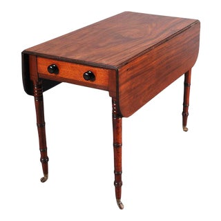 19th C. Pembroke Table on Turned Legs For Sale