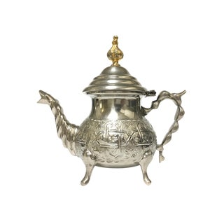 Late 20th Century Moroccan Handmade Silver Serving Tea Pot For Sale
