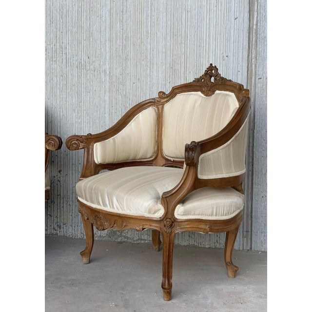 Wood Pair of Italian Rococó Louis XV Fauteuils or Slipper Chairs For Sale - Image 7 of 12